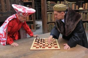 Welser und Fugger spielen Schach